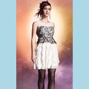 HARRY POTTER Black Lace Ivory Ruffle Prom Dress XS
